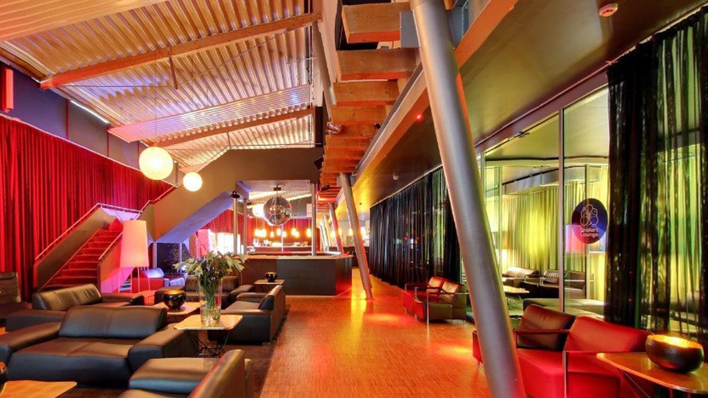 paare berlin saunaclub frankfurt