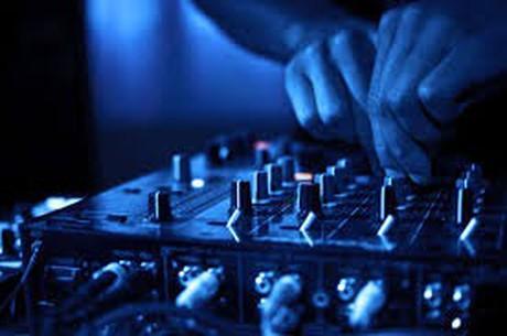 Erotic-Disco mit Live-DJ & Gruppen-Special im Sauna / FKK Club FKK Safari Fellbach/Stuttgart (D) in Fellbach